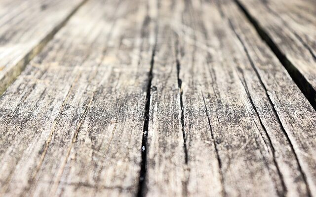 reclaimed lumber white